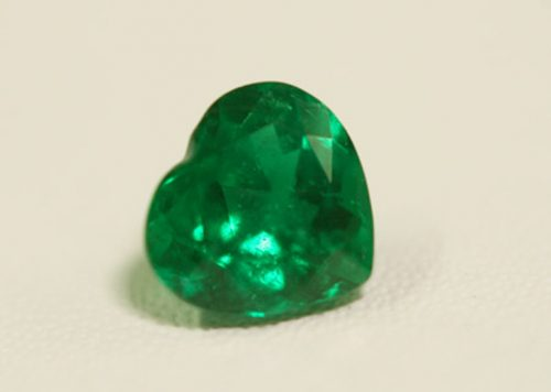 1.33 Ct, Heart Fine Natural Colombian Emerald Gem