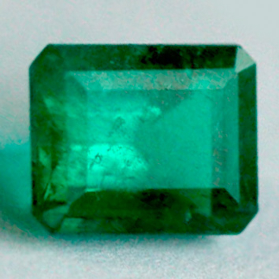 2.8 Ct, Emerald Fine Natural Colombian Emerald Gem