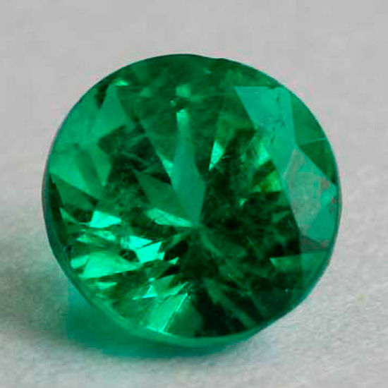 .9 CT, Round Fine Natural Colombian Emerald Gem