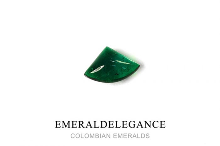 1.93 Ct, Triangle Fine Natural Colombian Emerald Gem