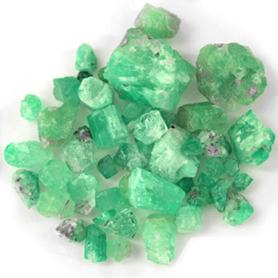 204.96 Ct, Rough Fine Natural Colombian Emerald Lot Minerals