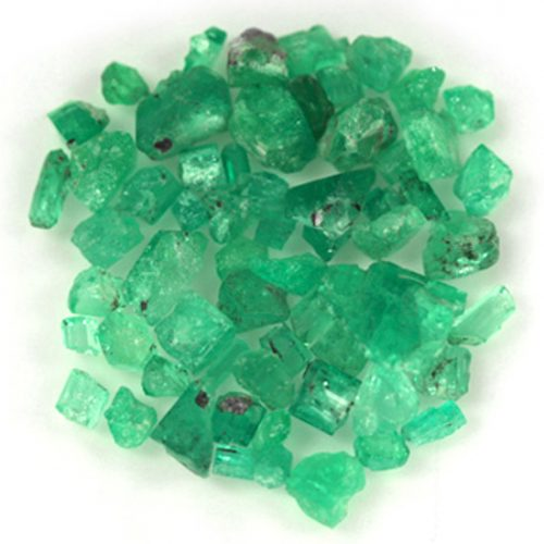 84.9 Ct, Rough Fine Natural Colombian Emerald Lot Minerals
