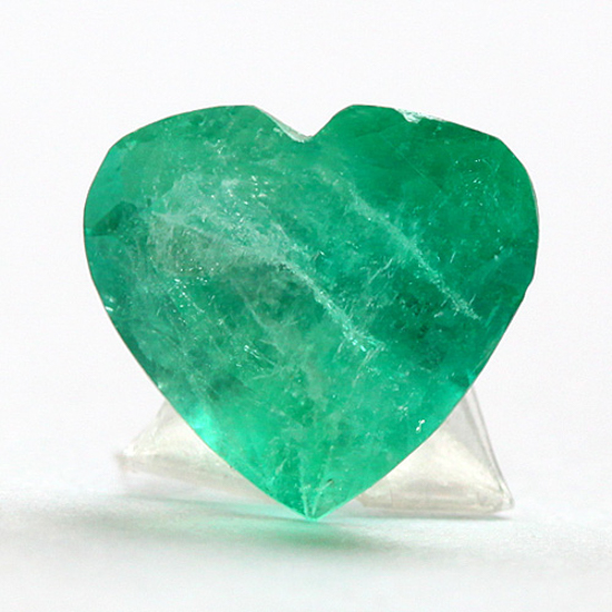 3.14 Ct, Heart Fine Natural Colombian Emerald Gem
