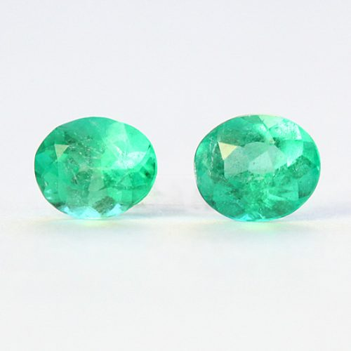 1.39 Ct, Oval Fine Natural Colombian Emerald Pair