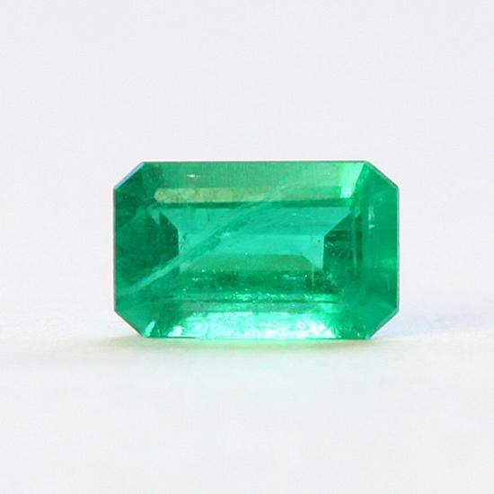 .64 Ct, Emerald Cut Fine Natural Colombian Emerald Gem