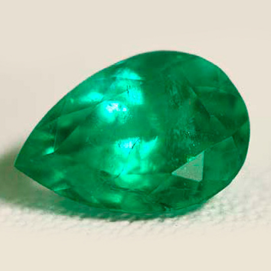 1.18 Ct, Pear Fine Natural Colombian Emerald Gem